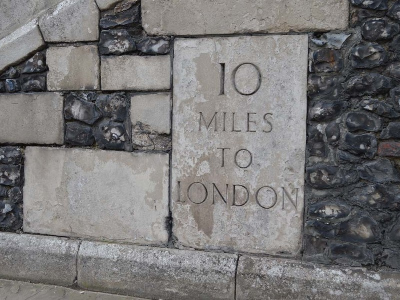 10 Miles to London