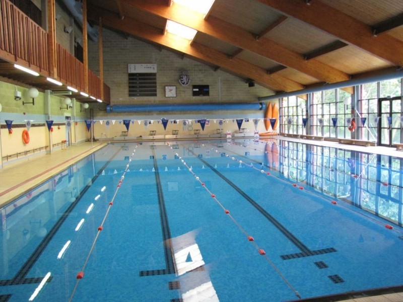 Harrow Swimming pool
